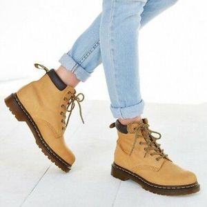 NEW Dr. Martens 939 Greasy Suede Hiker Boot